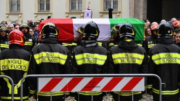 Funerali vigili del fuoco di Alessandria